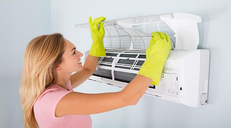 wie pflege und reinige ich die klimaanlage im haus. Black Bedroom Furniture Sets. Home Design Ideas